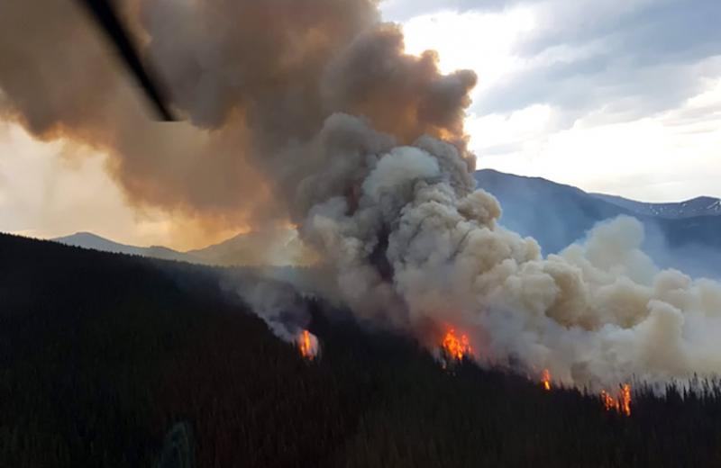 Wildfire burning near Tete Jaune Cache in 2017.